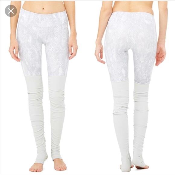 8c8d1e9b437e63 ALO Yoga Pants   Alo Goddess Ribbed Legging In Vapor Python   Poshmark